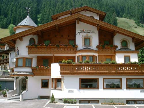 Pension Rosengarten***