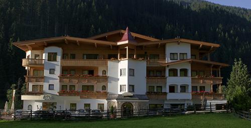 Hotel Tuxertal****