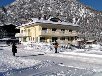 Appartementhaus Tristenau****
