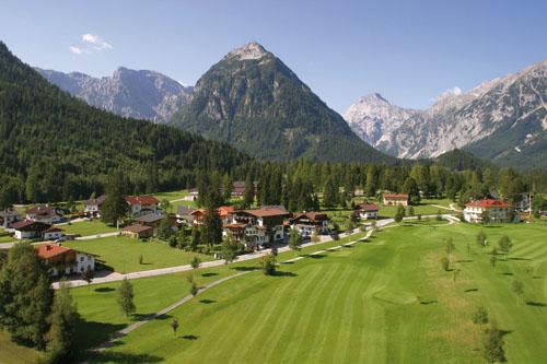 Vítáme vás na stránkách golfových hřišť v oblasti Achensee