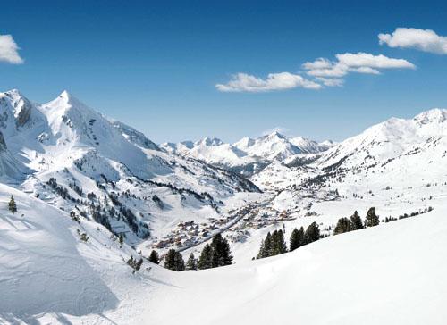 Lyžařský areál, kde je přírodní sníh po celou zimu až do jara!